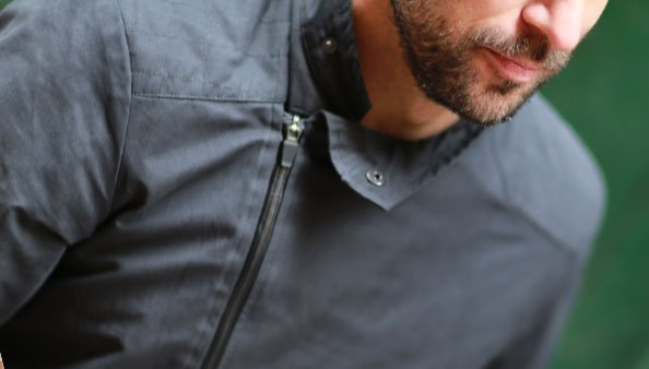 veste coupe-vent et étanche conçue pour le cyclisme en ville